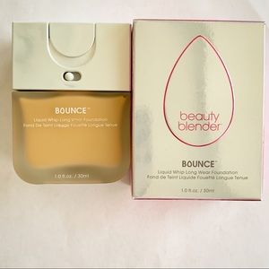 Beauty blender Bounce Liquid Foundation In 2.20